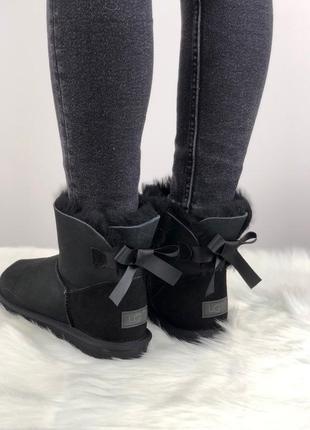Шикарные женские зимние угги/сапоги с натуральным мехом ugg mini bailey bow 2 (black)5
