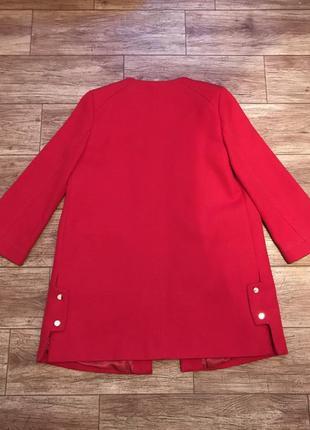 Стильное теплое красное алое пальто mango4