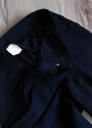Легкие брючки с высокой посадкой,. зауженные к низу цвет темно синий р-р eur 422