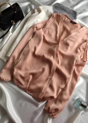 Красива бєжева блуза назапах1