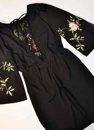 Нежное черное платье с вышивкой цветы3
