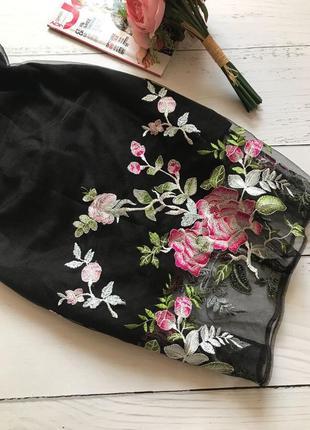Шикарное платье с вышивкой3