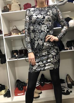 Актуальное платье в паетках1 фото