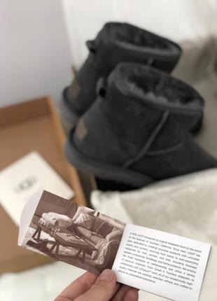 Шикарные женские зимние угги/ сапоги с натуральным мехом ugg classic mini 2 (black)3