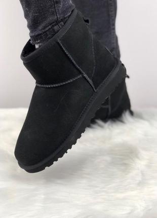 Шикарные женские зимние угги/ сапоги с натуральным мехом ugg classic mini 2 (black)5