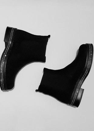 38 размер - ботинки с блестящей подошвой4
