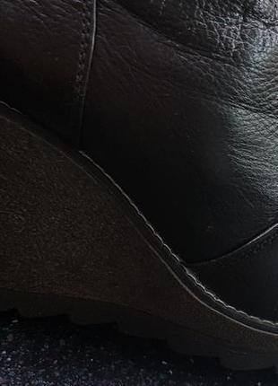 Продам зимние кожаные сапоги4 фото