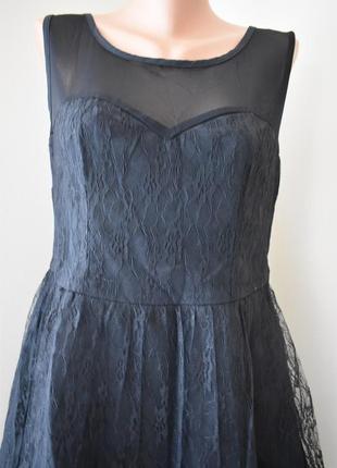Нарядное кружевное платье   с пышной юбкой  new look2