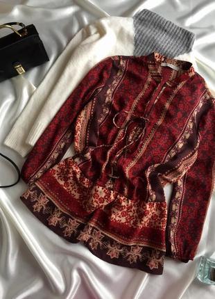 Блуза із шнуровкою1