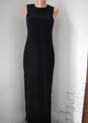 Красивое велюровое платье wallis