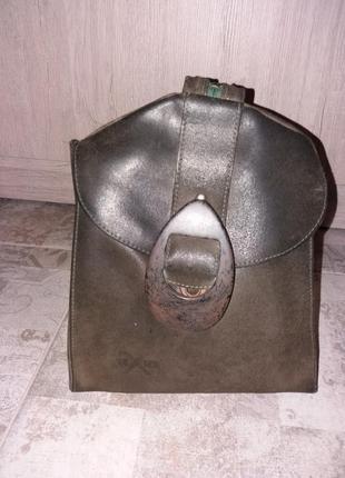 Кожаный рюкзачок цвета хакки. техier