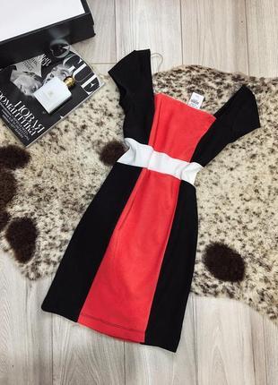 Стильное платье новое