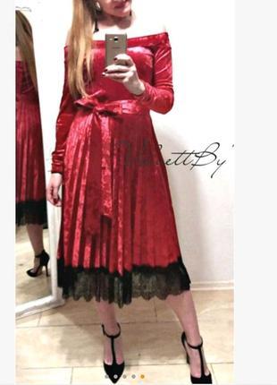 Платье с плиссировкой из бархата с кружевом два пояса разм. l-xl5