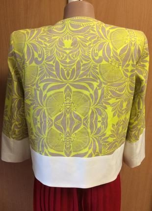 Нарядный жакет пиджак на молнии размер 103