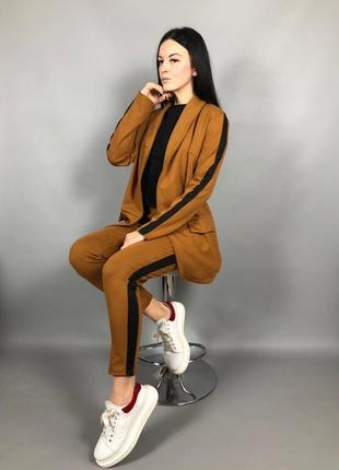 Костюм с лампасами оверсайз пиджак брюки горчица1 фото