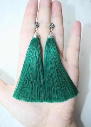 Серьги серёжки кисти кисточки пышные зелёные изумрудные нарядные с розочкой большой выбор!1