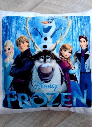 Новогодняя подушка фрозен frozen