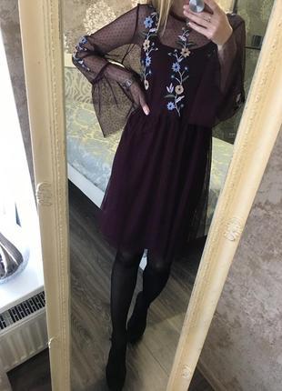 Платье из фатина с вышивкой2 фото
