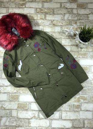 Нереальная парка демисезонная с мехом и вышивкой, куртка, пальто хаки asos new look5 фото