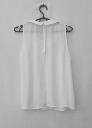 Белая летняя нарядная классическая блузка с воротником с камнями3