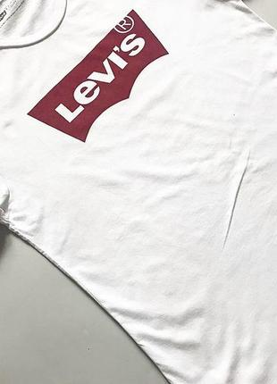 Футболка levi's  оригинал  р 10