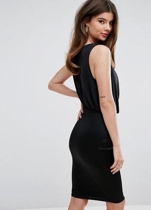 Стильное черное платье lipsy3