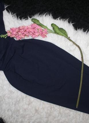 Изысканное миди платье с воланом на одно плечо3