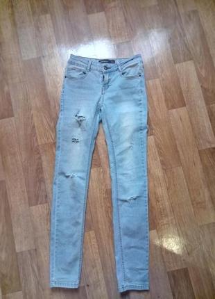 Рваные джинсы скинни зауженные4