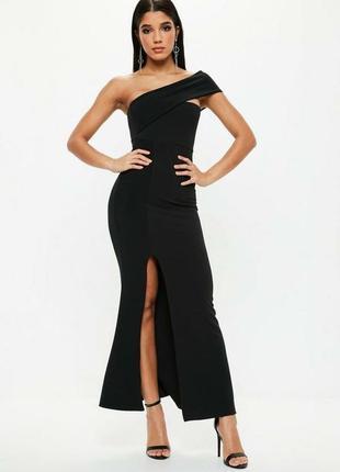 Роскошное макси платье с разрезом