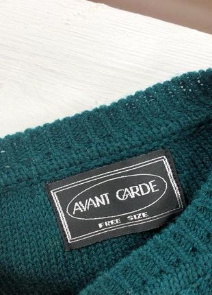 Красивейший изумрудный оверсайз свитер в косы с вышитыми цветами avant garde4