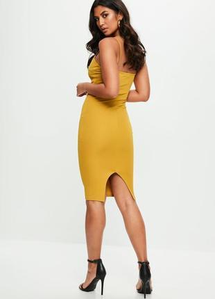 Стильное горчичное платье миди на бретелях missguided2 фото