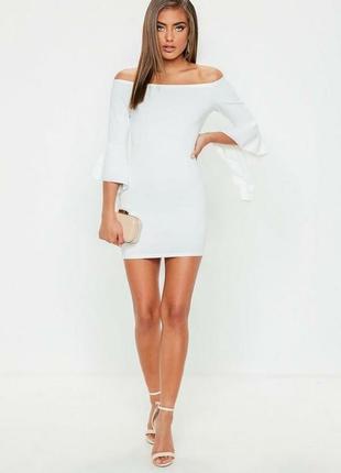 Восхитительное мини платье с воланами