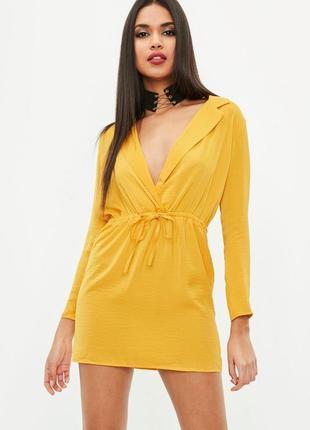 Изящное сатиновое мини платье