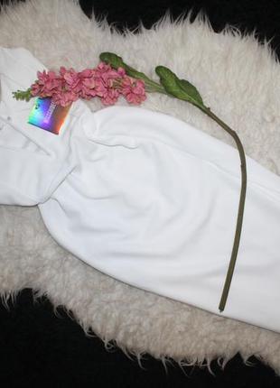 Стильное миди платье с вырезом2 фото