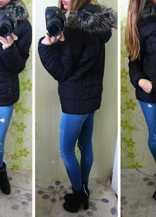 Чорна стильна матова курточка jessica з капюшоном2