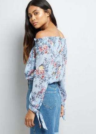 Нежная блуза с открытыми плечами в цветах, нарядная с люрексом, свободная2