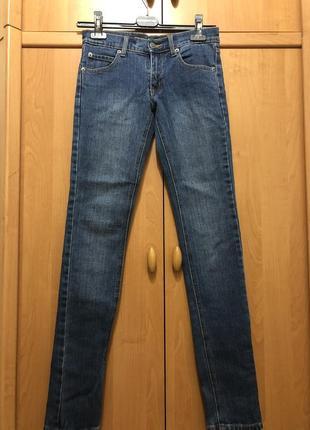 Новые джинсы , на худенькую девочку