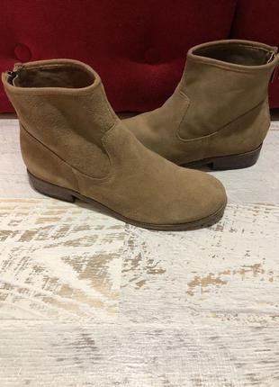 Новые натуральные фирменные ботинки 36р./23 см