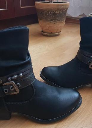 Новые фирменные ботинки на флисе 39р./25 см1 фото
