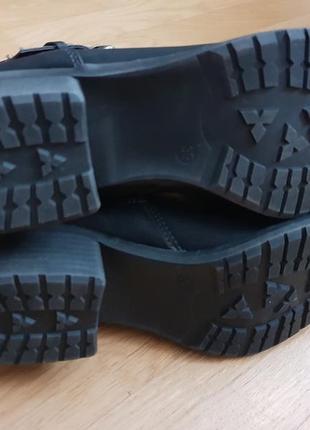 Новые фирменные ботинки на флисе 39р./25 см5