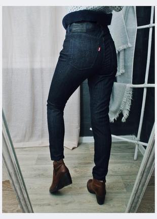 Levis 710 скинни стрейчевые очень темно синие джинсы заужены3