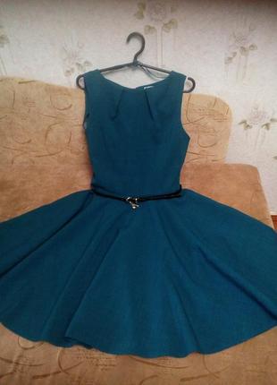 Ексклюзивное платье цвета морской волны