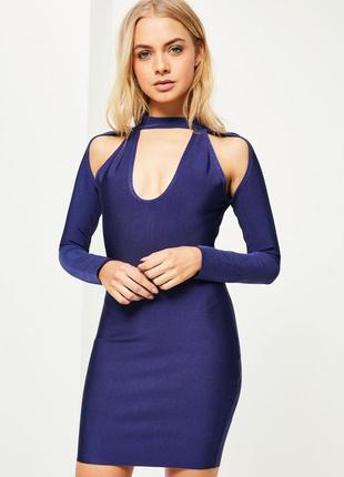 Бандажное платье с вырезами