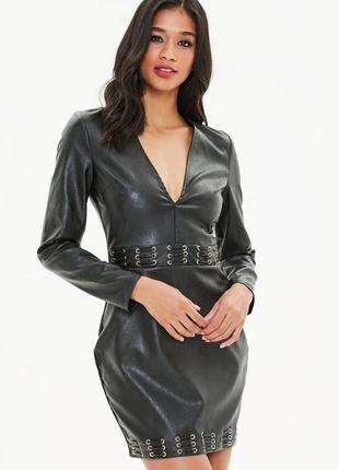 Базовое черное кожаное платье