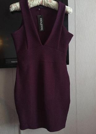 Платье футляр с фактурной ткани