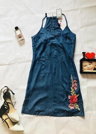 Легкое нежное платье с вышивкой