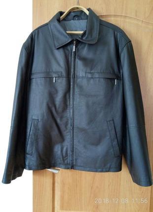 Кожаная куртка в отличном состоянии