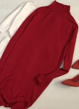Вязаное шерстяное платье миди с горлом jager