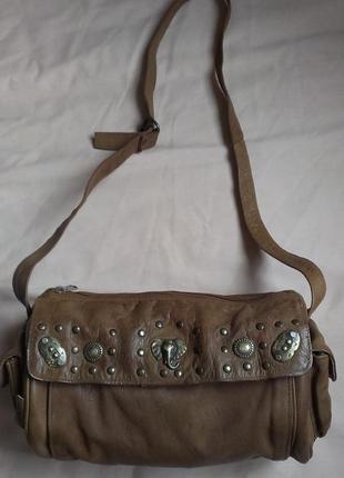 Супер стильная кожаная сумка бочонок  papillon