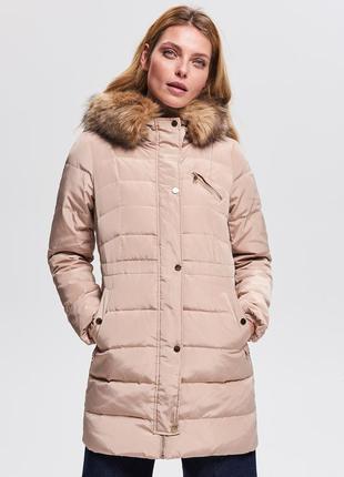 Продам новый женский теплый бежевый пуховик куртка с капюшоном reserved